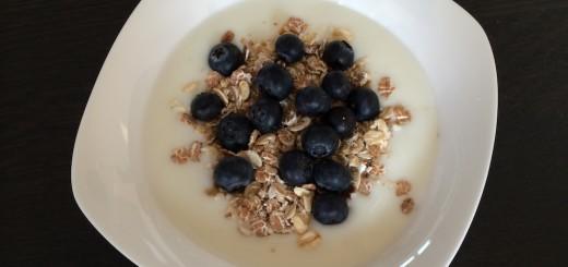 ontbijt_yoghurt_blauwebessen