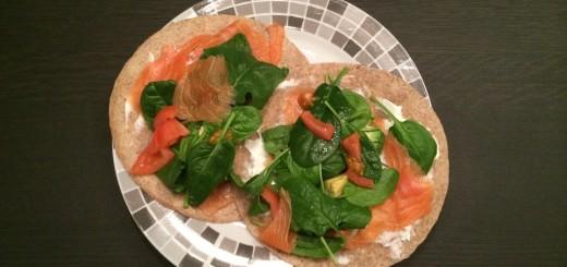 volkoren_wrap_zalm_spinazie_avocado_tomaat