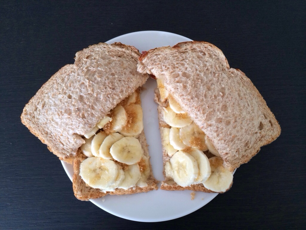 Guilty pleasure: boterham banaan met bruine suiker